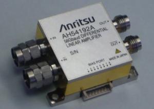 完成した高周波モジュール(写真はAH54192A 差動リニアアンプ)
